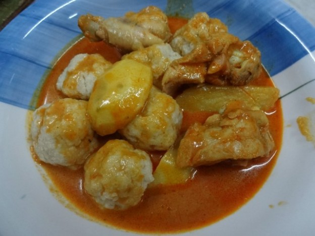 Asian-Jewish Food Fusion: Malaysian Matzo Ball Chicken Curry